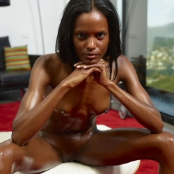 hegre-erotic-nude-models-valerie-226..jpg