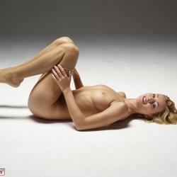 hegre-erotic-nude-models-coxy-235..jpg