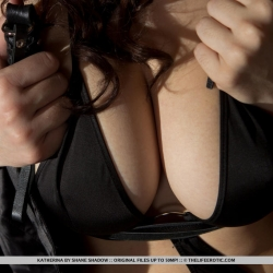tle-erotic-nude-models-katherina-221..jpg